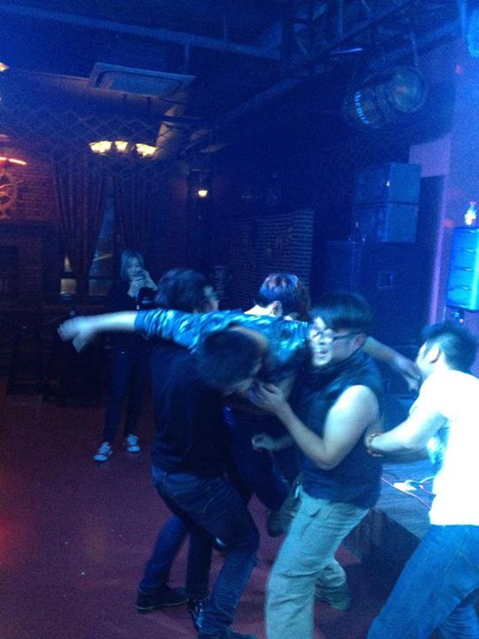 Da boyzzzzz getting ruckus at the show in Zaozhuang