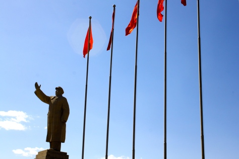 Statue of Mao Zedong down on one of Kashgar's main streets.