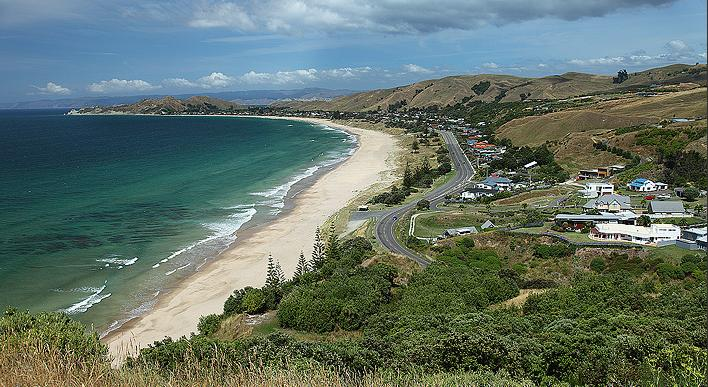Gisborne's gorgeous Wainui Beach. Image from Wainuibeach.co.nz.